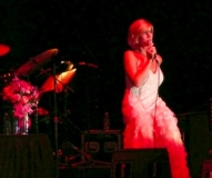 Debby-Boone-Performs